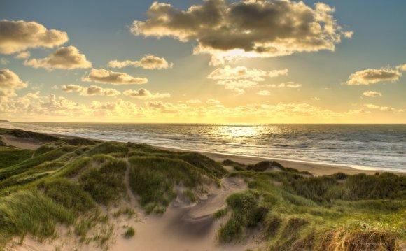 File:North Sea coast
