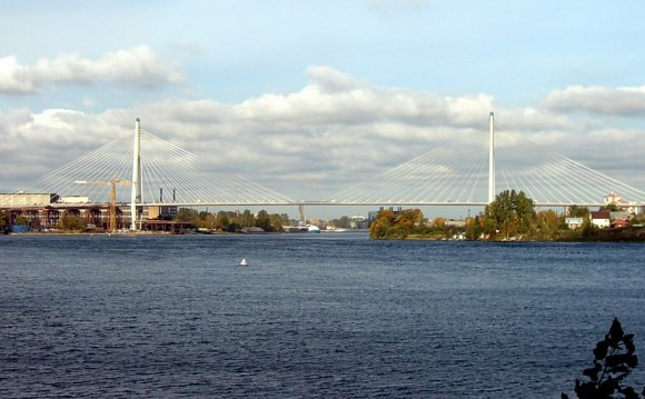 Big Obukhovsky Bridge.jpg