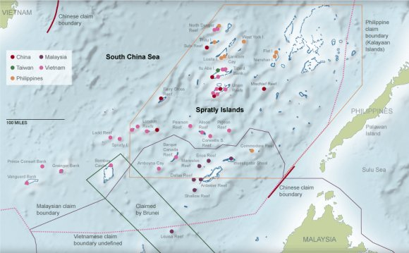 South China Sea Oil Rigs
